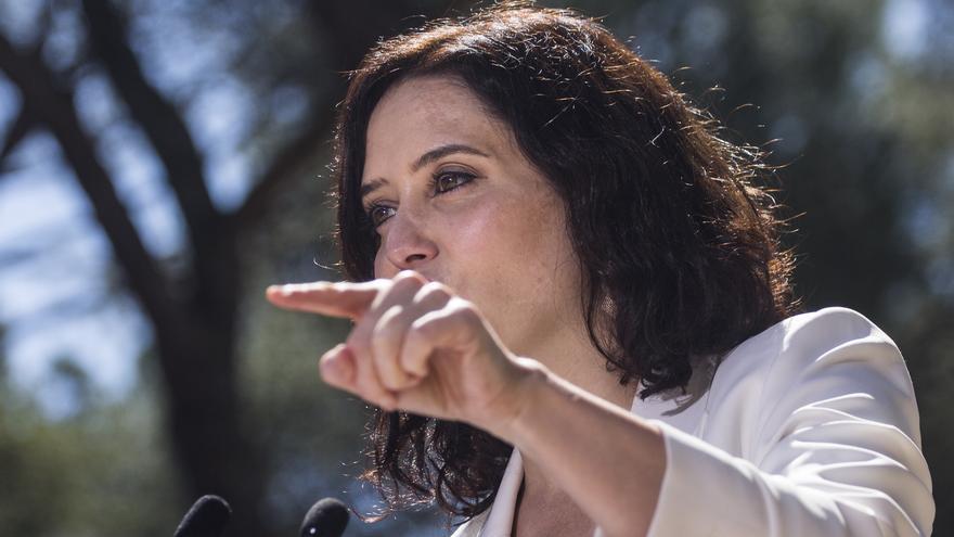 Isabel Díaz Ayuso en un mitin en Collado Villalba el 17 de abril.