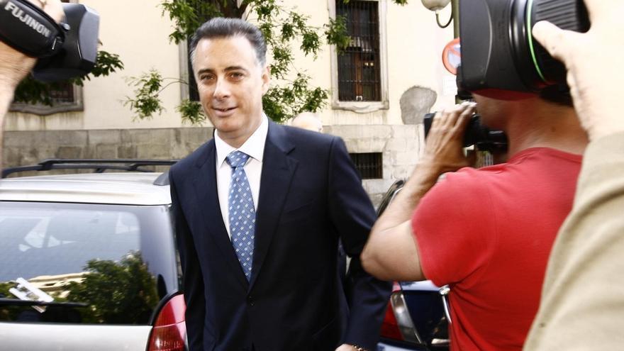 """López Viejo """"impuso"""" a funcionarios y consejerías de Madrid contratos con Correa a cambio de gratificaciones"""