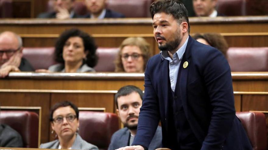 Rufián ve bien retrasar la mesa de gobiernos si es por la reunión con Torra