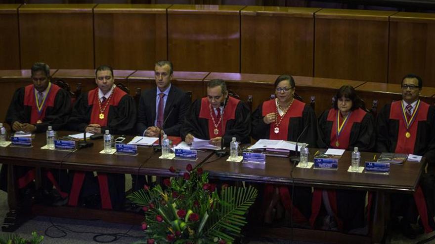 El Supremo venezolano designa a Katherine Harrington nueva vicefiscal general