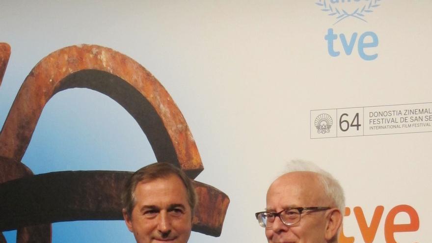 Colom (FAPAE) premia a TVE en su 60 aniversario y dice que sin televisión pública no habría cine español