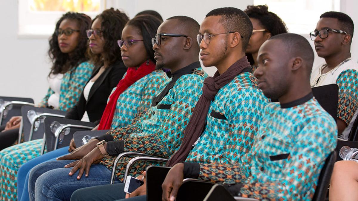 Acto en la ULPGC para dar la bienvenida a diez estudiantes de la Unizambeze. (ULPGC)
