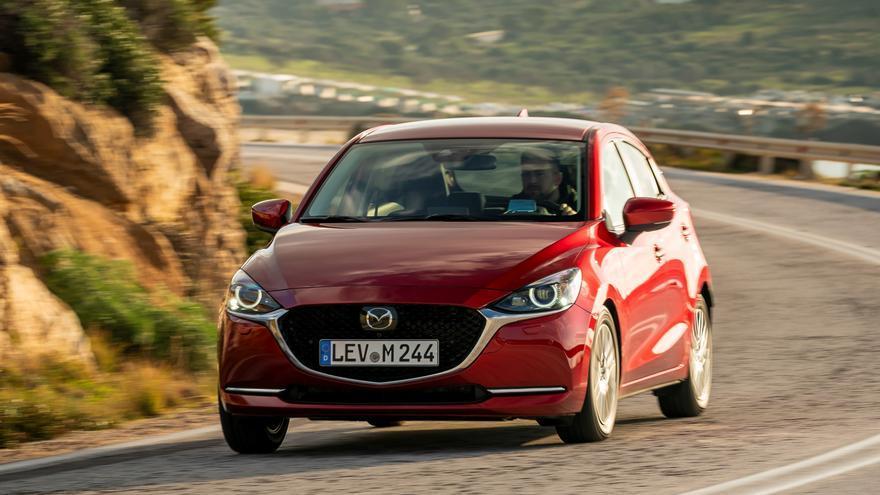La incorporación de un sistema de hibridación ligera le otorga al Mazda2 la etiqueta Eco de la DGT.
