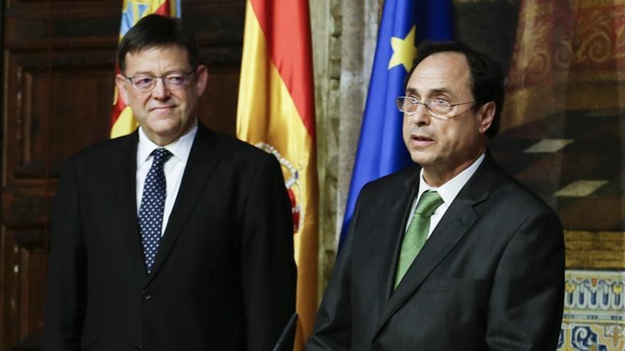 El President de la Generalitat Valenciana, Ximo Puig, junto al conseller de Hacienda, Vicent Soler