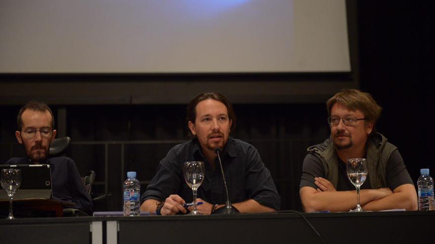 De izquierda a derecha: Pablo Echenique, Pablo Iglesias y Xavier Domènech, durante el Consejo Ciudadano de Podemos