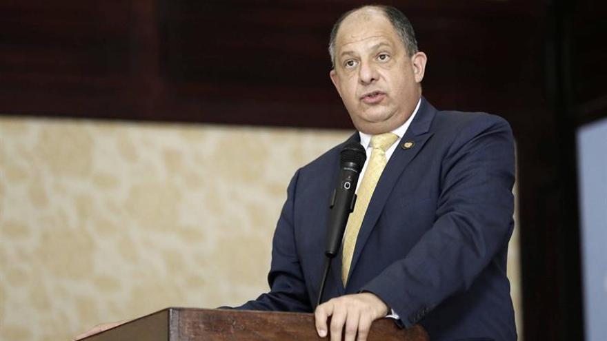 El presidente costarricense fortalecerá el diálogo con España durante el 2017