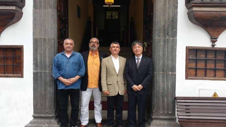 De izquierda a derecha: Carlos Vales, Antonio San Blas, Javier Neris y Han Qunli.