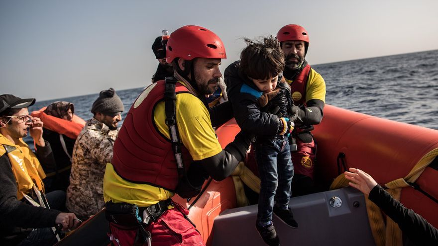 Rescate en el Mediterráneo por parte de la ONG Proactiva Open Arms / David Ramos/Getty Images