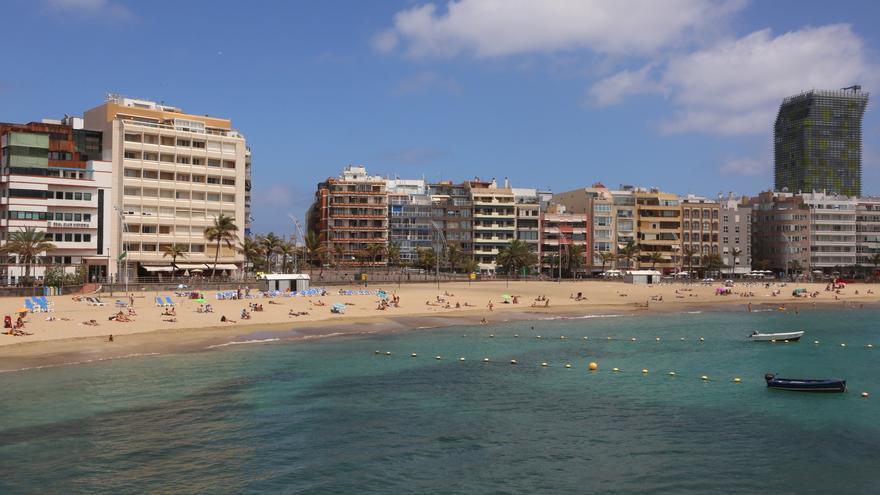 Playa de Las Canteras en Las Palmas de Gran Canaria (ALEJANDRO RAMOS)