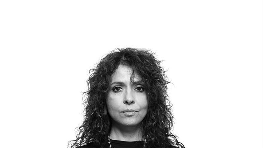 """Cien artistas argentinos cantan para pedir """"memoria y """"justicia"""" para las víctimas en AMIA"""