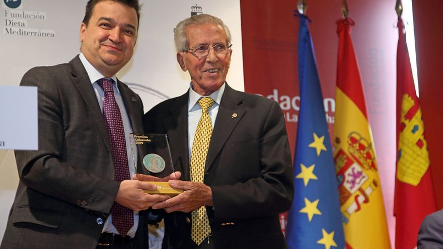 El consejero con Federico Martín Bahamontes