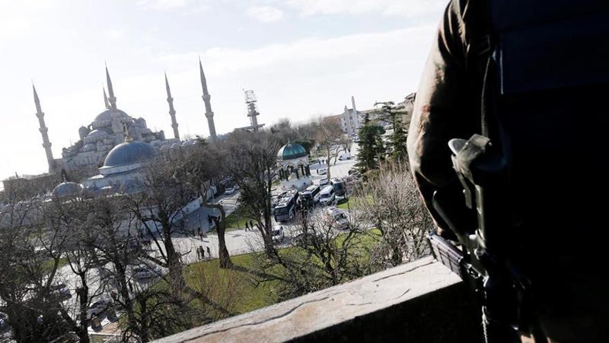 Turquía admite haber perdido 37 soldados en Siria desde agosto