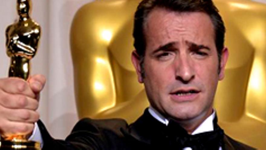 """Hollywood 'enmudece' con el triunfo de """"The Artist"""" en la gala de los Oscar"""