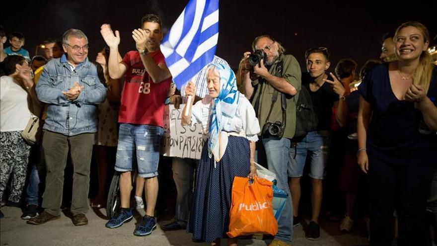 El corralito se mantiene en Grecia hasta el próximo jueves