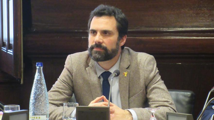 "Torrent pide a Arrimadas que ""llame a la puerta"" de Puigdemont y se reúna con él"