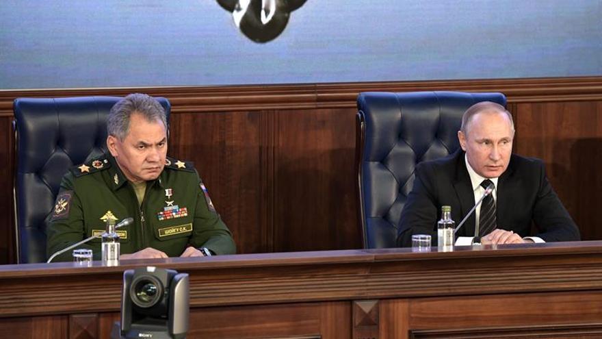 """Rusia recuerda que tiene al """"padre"""" tras el lanzamiento de la GBU-43 por EE.UU."""