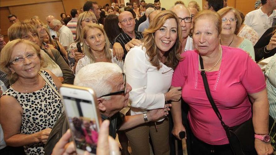 Díaz equipara a los independentistas con los que prohibieron hablar catalán