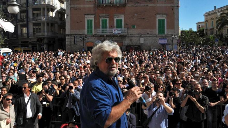Grillo, cuestionado públicamente tras el fracaso de las municipales de Italia