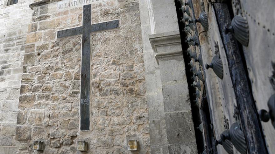 Símbolos falangistas en la catedral de Cuenca
