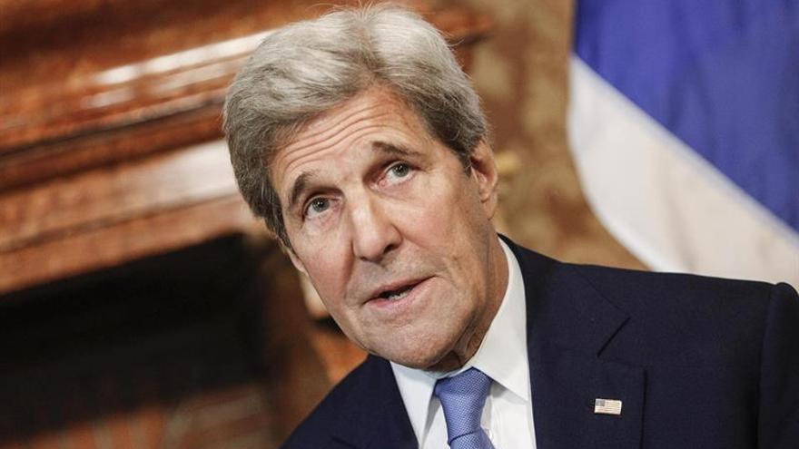 """Kerry espera que haya """"paz y estabilidad"""" en Turquía"""