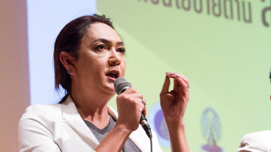 Pauline Ngarmpring, primera candidata transexual de Tailandia.