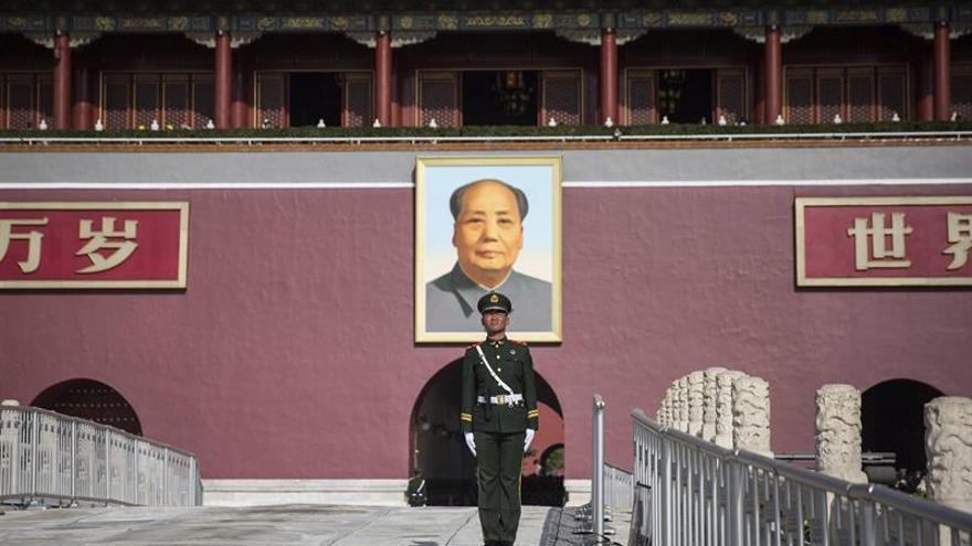Nostálgicos de la ortodoxia comunista celebran el 124º aniversario del nacimiento de Mao