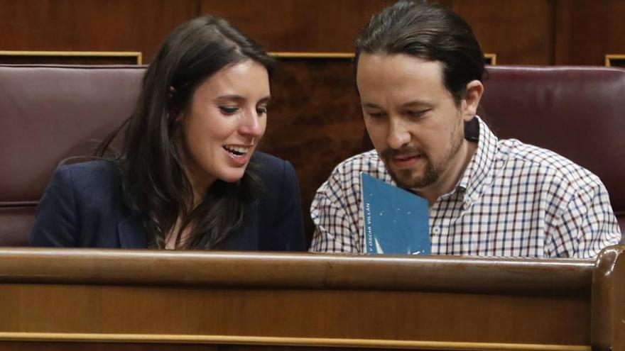 Irene Montero y Pablo Iglesias. Foto: Javier Lizón EFE