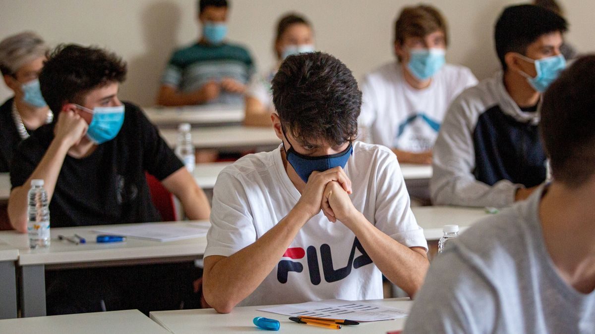 El OSU publica un informe sobre las tasas universitarias de este curso. EFE/ Raquel Manzanares/Archivo