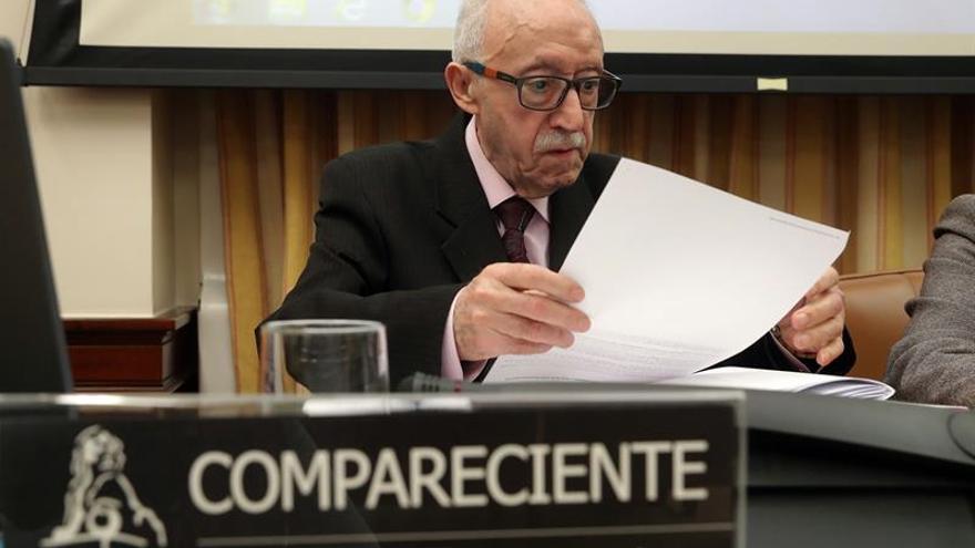 """Adicae cifra en tres millones los afectados por un """"frágil"""" sistema bancario"""