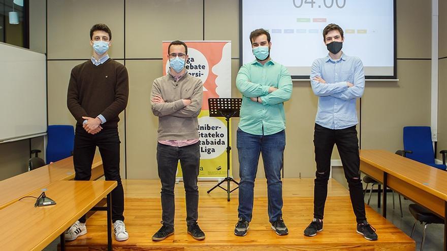 Equipo ganador. De izda. A dcha., Christian Artola, Rodrigo Arvizu, Luis Echarte y Nicolás De Augusto.