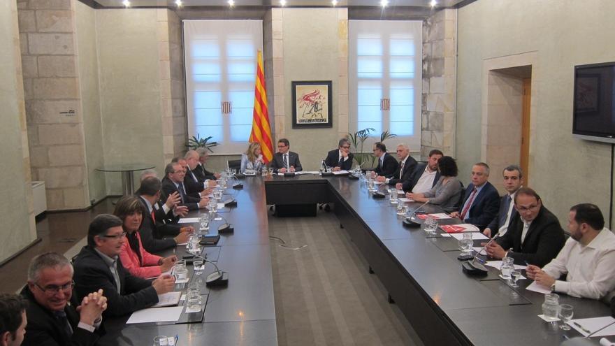 Arranca la cumbre catalana sobre el Pacto Nacional del 'derecho a decidir' convocada por Mas