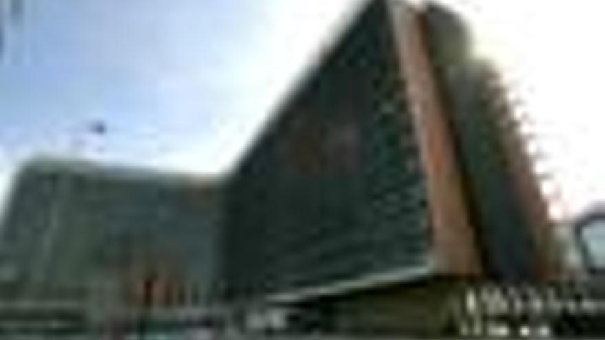 Bruselas autoriza a Zeltia a comercializar Yondelis en la UE