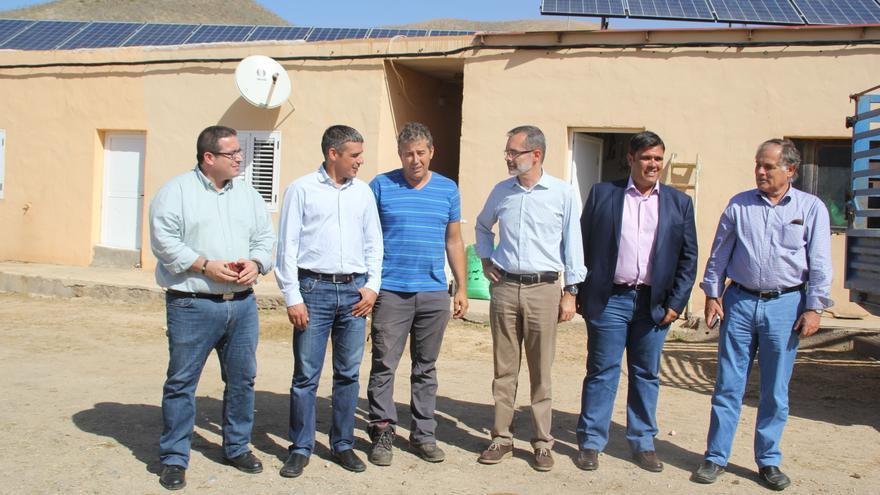 Visita del consejero de Agricultura, Ganadería, Pesca y Aguas del Gobierno de Canarias a Fuerteventura