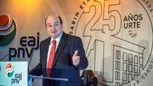 El PNV sigue hablando con el PSOE pero no decidirá hasta última hora