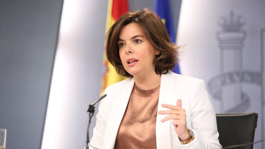 """Sáenz de Santamaría insta al PSOE a dejar paso a un Gobierno de Rajoy """"cuanto antes"""""""