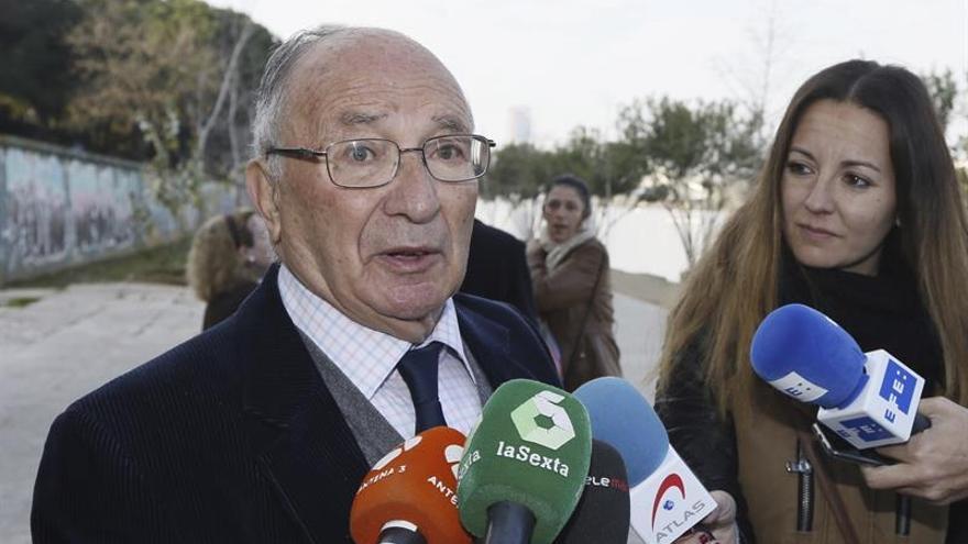 """Abuelo de Marta del Castillo pide la repetición del juicio por """"mala praxis"""""""