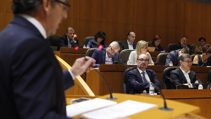 El presidente del PP en Aragón, Luis María Beamonte, criticó a Lambán que mezclara asuntos de Gobierno con los internos de su partido