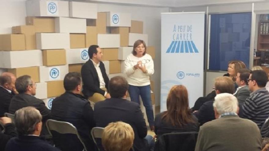 Isabel Bonig en la sede del PP de Vila-real