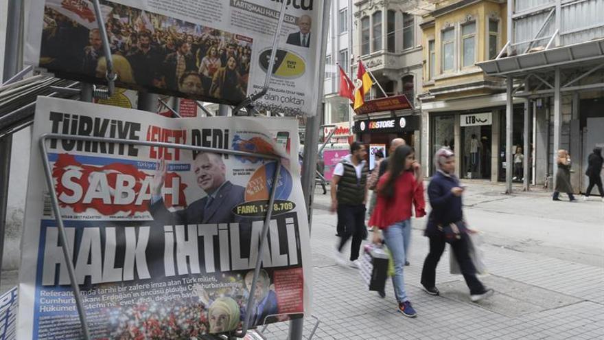 En libertad con cargos un periodista de un diario opositor de Turquía