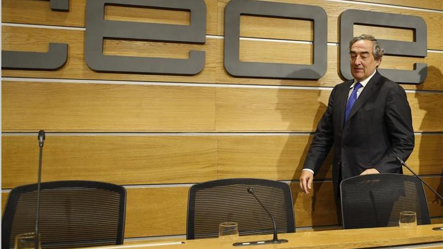 La subida salarial acordada incrementará la nómina hasta 226 euros en 2015