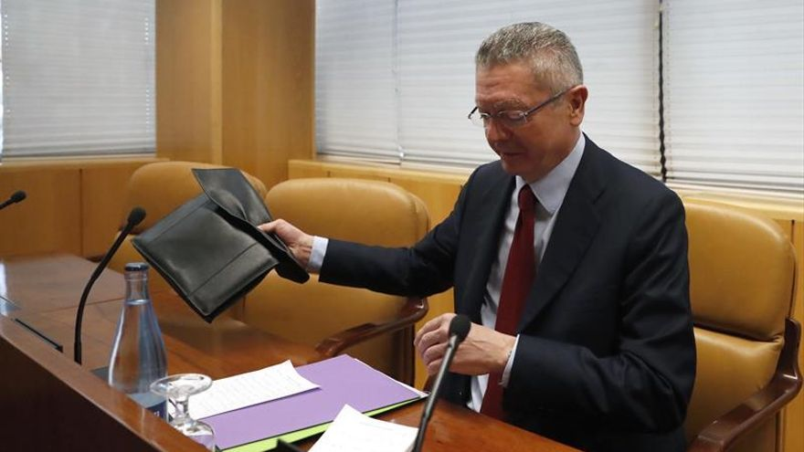 """Gallardón dice estar """"orgulloso"""" de la compra de Inassa por parte del Canal"""