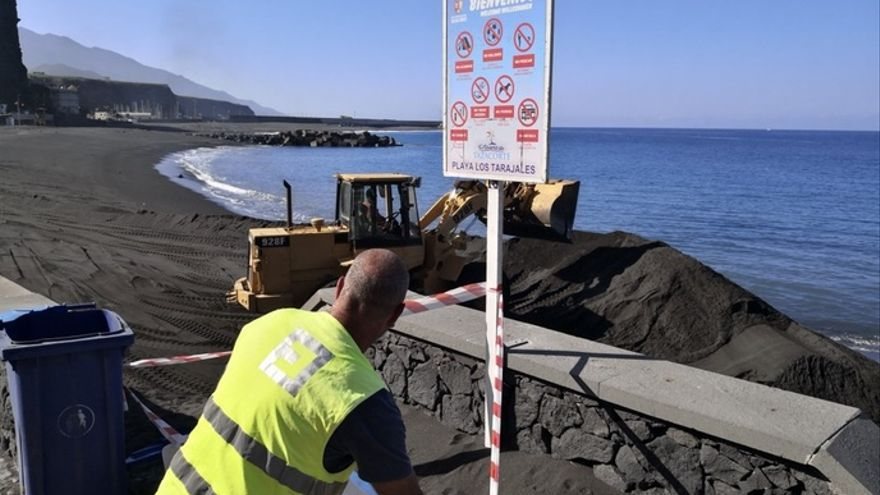 Obras en la playa del Puerto.