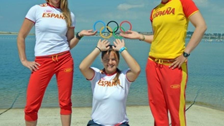 Tamara Echegoyen, Angela Pumariega y Sofía Toro, finalistas del Elliot 6m.