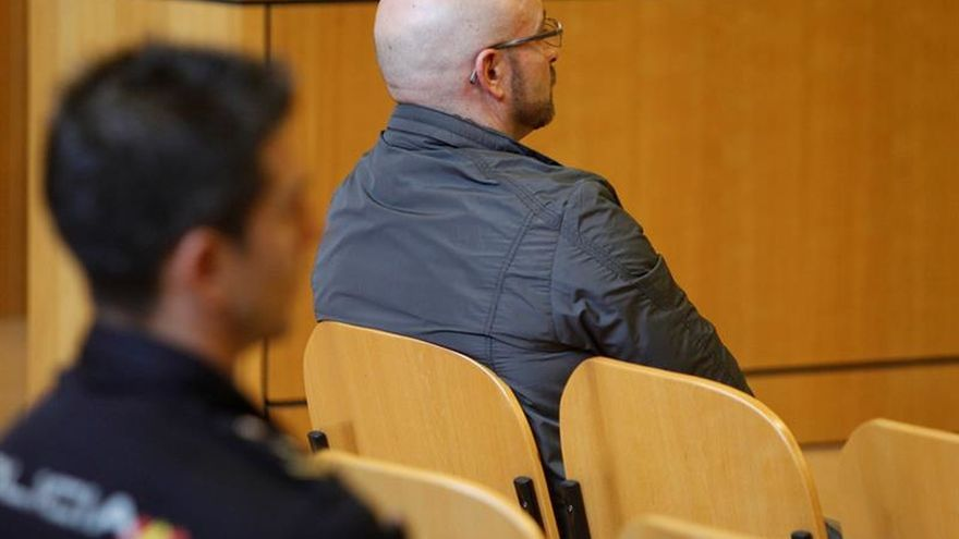 Condenado a 44 años de prisión por agresión sexual a sus tres hijastras