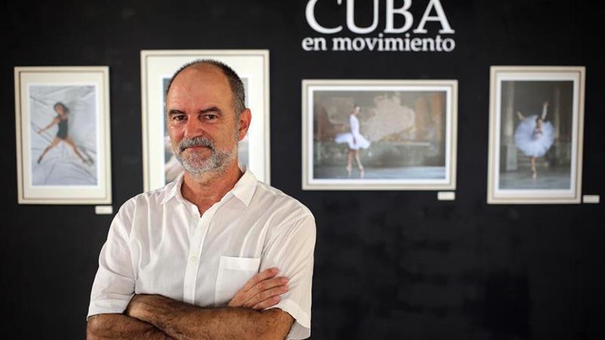 """Fotógrafo español abre la muestra """"Cuba Iluminada"""" en el Festival de cine Gibara"""