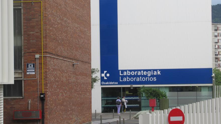 Archivo - Laboratorios del Hospital de Cruces.