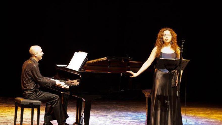 La soprano Susanna Vardanyan y el pianista Vasyl Solodovnik actúan el jueves en Murcia