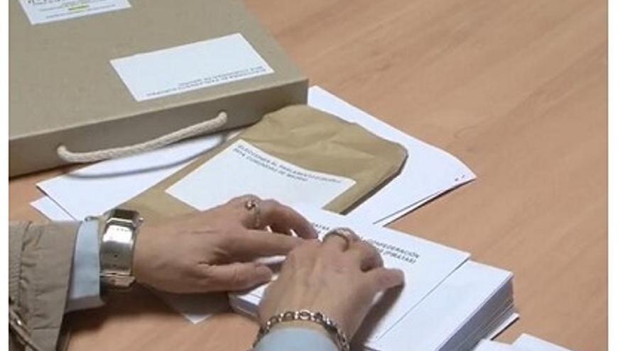 'Kit' de voto adaptaro para personas con discapacidad visual