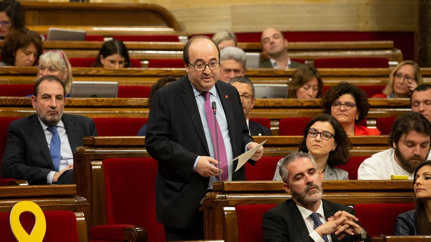 Miquel Iceta en el Parlamento catalán.