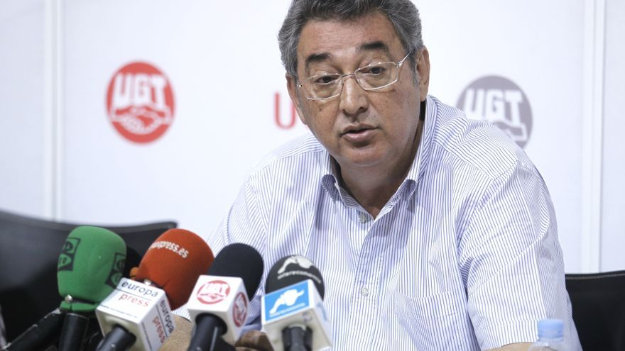 Ferrer (UGT) teme que el Gobierno toque las pensiones y el desempleo antes de que acabe el mes